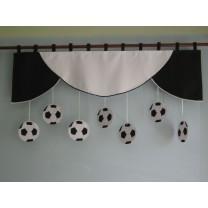 Firana dla dzieci z zawieszkami Piłki - szal czarno - biały