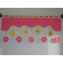 Firana dla dzieci z zawieszkami Kwiatki stokrotki różowo żółte - szal ciemno różowy