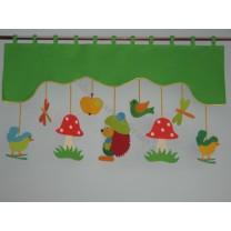 Firana dla dzieci z zawieszkami Jeżyk - szal zielony